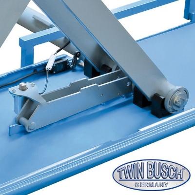 Ponte sollevatore doppia forbice ideale per gommisti  3.0 t